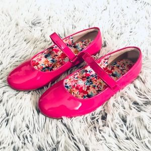 Sole Play Pink Mary Jane Flats sz 2